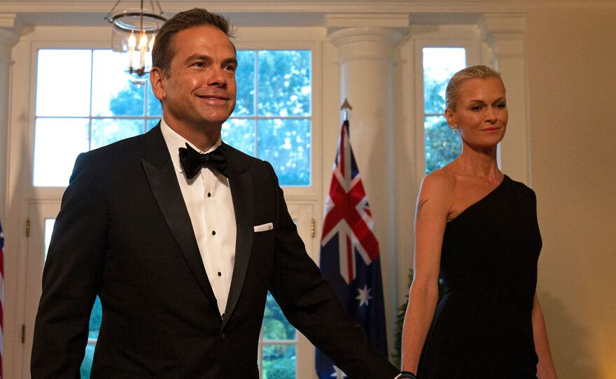 Fox Corp. Chief Executive Officer and Co-Chairman of News Corp Lachlan Murdoch and his wife, Sarah, arrive at the White House to attend a state dinner honoring Australian Prime Minister Scott Morrison, in Washington, D.C., on Sept. 20, 2019. Murdoch and his family are moving to Sydney from Los Angeles, according to two people with ties to the family.