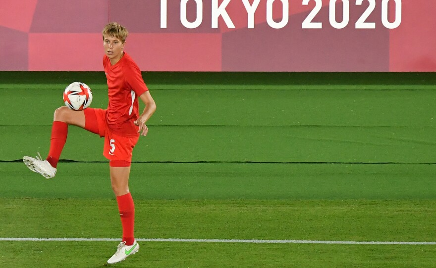 Canada's midfielder Quinn warms up prior the Tokyo 2020 Olympic Games women's final football match between Sweden and Canada on August 6, 2021.