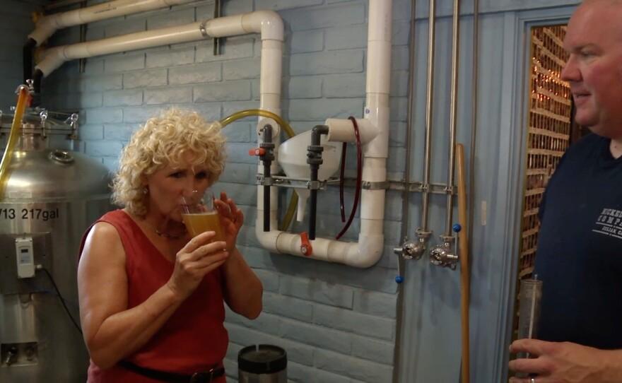 Host Nan Sterman tastes wet hop beer.