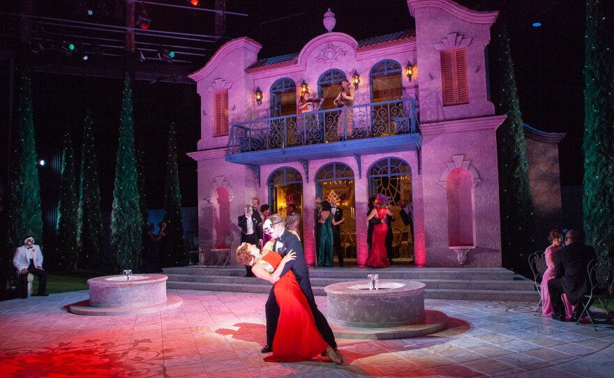 """Sara Topham and Michael Hayden (center) play the reluctant and witty lovers Beatrice and Benedick in the Old Globe production of William Shakespeare's """"Much Ado About Nothing."""""""