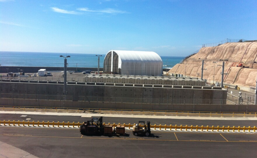 The San Onofre site where Southern California Edison is storing spent fuel rods from the now shuttered nuclear power plant, October 2015.