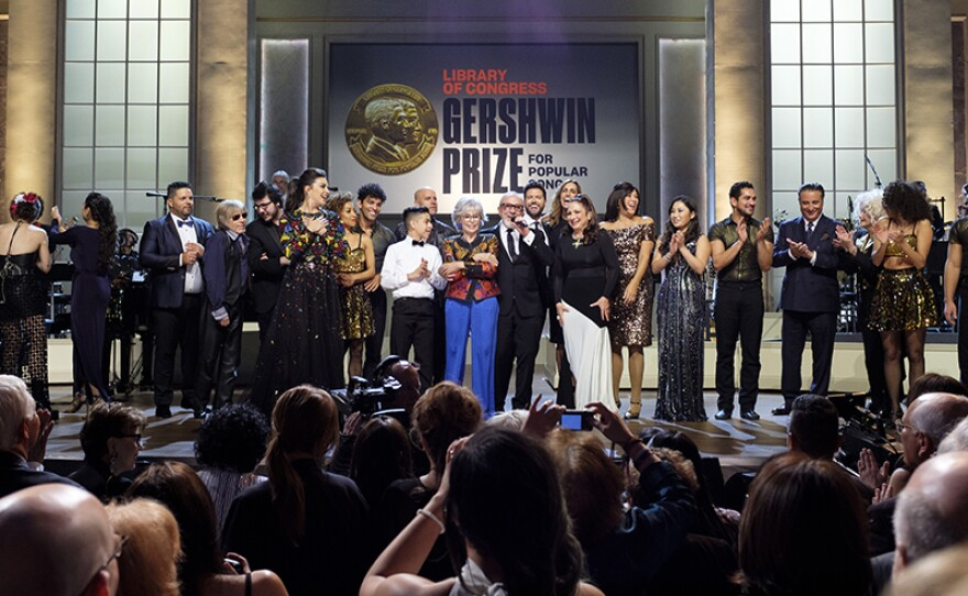 """The all-cast finale at """"Emilio & Gloria Estefan: The Library of Congress Gershwin Prize for Popular Song,"""" March 13, 2019, DAR Constitution Hall in Washington, D.C. The program premieres May 3, 2019 on PBS."""