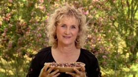 Host Nan Sterman samples more than a dozen heirloom beans in this episode of A GROWING PASSION. See how the beans are grown, harvested, cleaned, and packaged for market.
