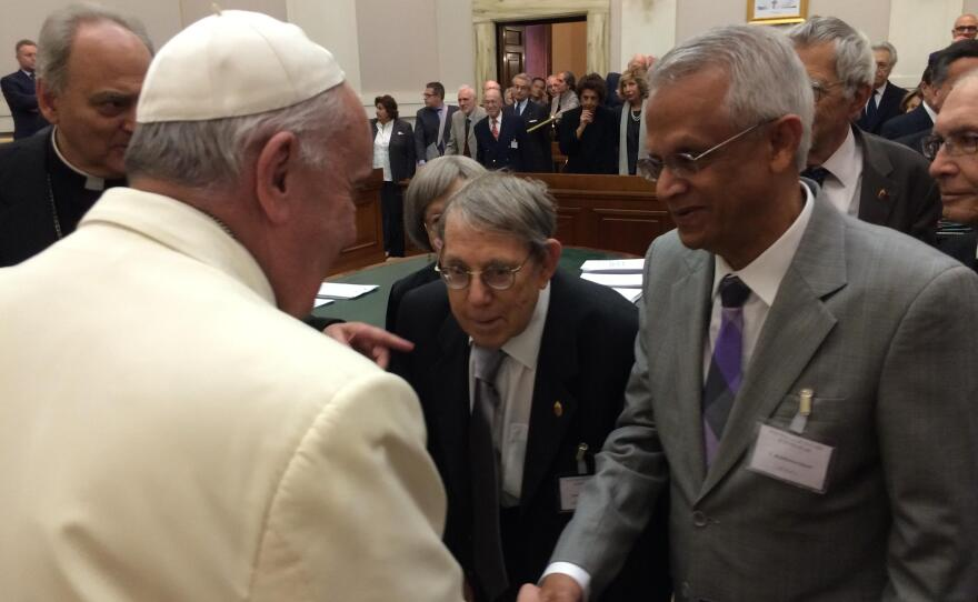 """""""Ram"""" Ramanathan meets Pope Francis during a Vatican meeting on climate change, May 2014."""