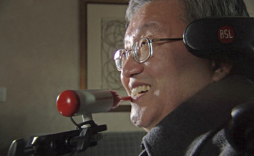 Sang-Mook Lee, a Korean professor and scientist who considers himself lucky despite an accident that rendered him a quadriplegic. Today, he serves as a role model for other quadriplegics in South Korea.