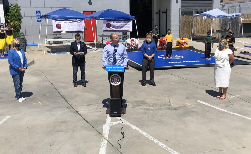 San Diego Mayor Faulconer announces an executive order to allow businesses to expand indoor operations to the outdoors, July 20, 2020.