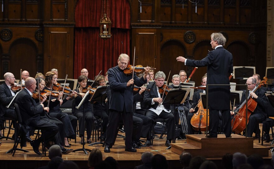 The Cleveland Orchestra played a concert featuring the violins, and honoed the work of violinmaker Amnon Weinstein. Violin virtuoso Shlomo Mintz was the featured soloist during this performance, led by Cleveland Orchestra Music Director Franz Welser-Möst as part of the opening of the Milton and Tamar Maltz Center for the Performing Arts at Case Western Reserve University.