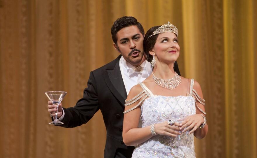 """Violetta (Corrine Winters) unexpectedly falls in love with Alfredo (Jesus Garcia) in San Diego Opera's """"La Traviata."""""""
