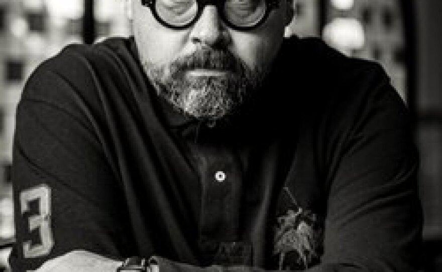 Author Carlos Ruiz Zafón
