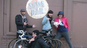Bike the Boulevard participants.