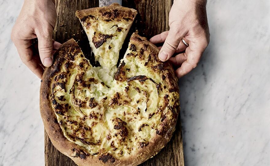Cauliflower Cheese Pizzeta