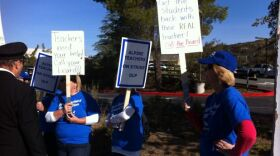Teachers from the Alpine Union School District on strike after failed contract negotiations, Feb. 20, 2014.