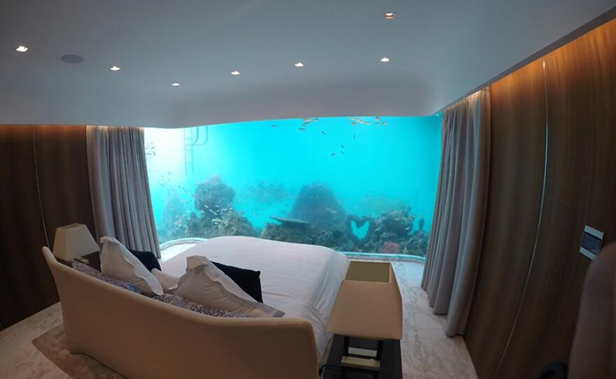 Underwater bedroom in the Seahorse.