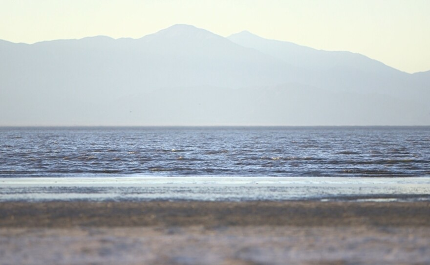 Medium shot of the Salton Sea, Dec. 7, 2017.