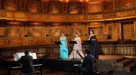 Ailyn Pérez, Isabel Leonard and Nadine Sierra accompanied by pianist Vlad Iftinca and guitarist Pablo Sáinz-Villegas