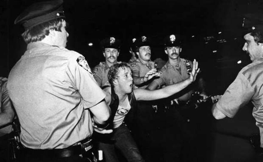 Lesbian protester and cops, June 28, 1969. When police raided Stonewall Inn, gay men and women did something they had not done before: they fought back. As the streets of New York erupted into violent protests and street demonstrations, the collective anger announced that the gay rights movement had arrived.