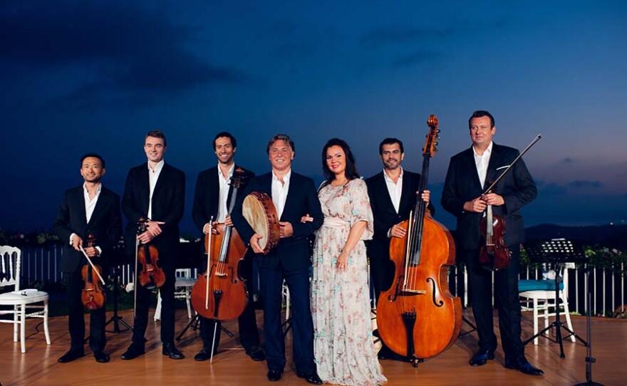 Aleksandra Kurzak and Roberto Alagna with musicians. France