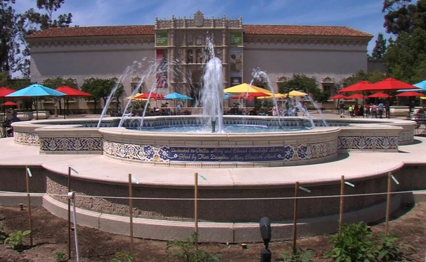 A fountain in front of the San Diego Museum of Art in Balboa Park.