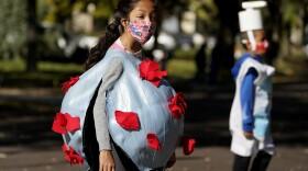 Virus Outbreak Halloween trick-or-treating