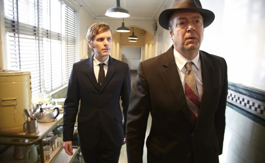 Shaun Evans as Endeavour Morse and Roger Allam as DI Thursday.