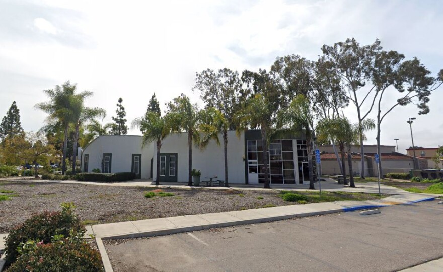 An empty building that formerly housed the Mira Mesa Epicentre, a defunct teen center operated by Harmonium Inc., March 2019.