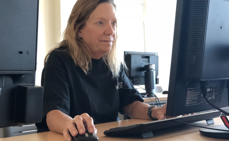 Elizabeth Peacy works on her final presentation for a bachelor's degree program in health information management at San Diego Mesa College, May 16, 2018.