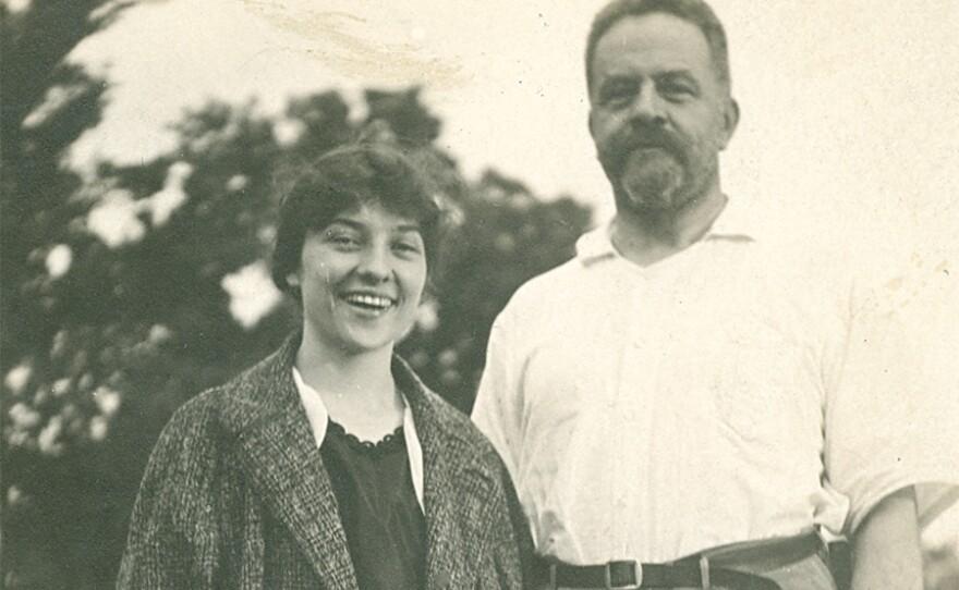 Elizebeth S. Friedman with George Fabyan at Riverbank Laboratories in Geneva, Ill. 1916.