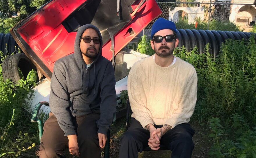 The experimental duo Skrapez is a project formed in the early 2000s by Jon Calzo (Tenshun) and David Lampley (Psychopop).