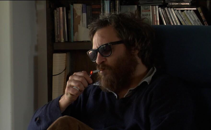 """Actor turned hip-hop musician? Joaquin Phoenix in """"I'm Still Here"""""""