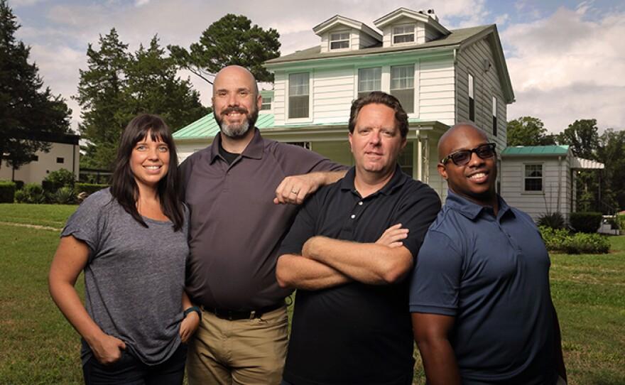 Matt Paxton, a nine-season veteran of A&E's HOARDERS, is joined by Jamie Ebanks, Mike Kelleher and Avi Hopkins.