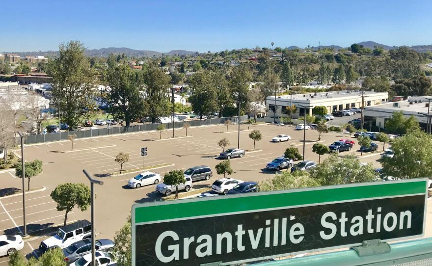A surface parking lot at the Grantville trolley station sits mostly empty, March 28, 2018.